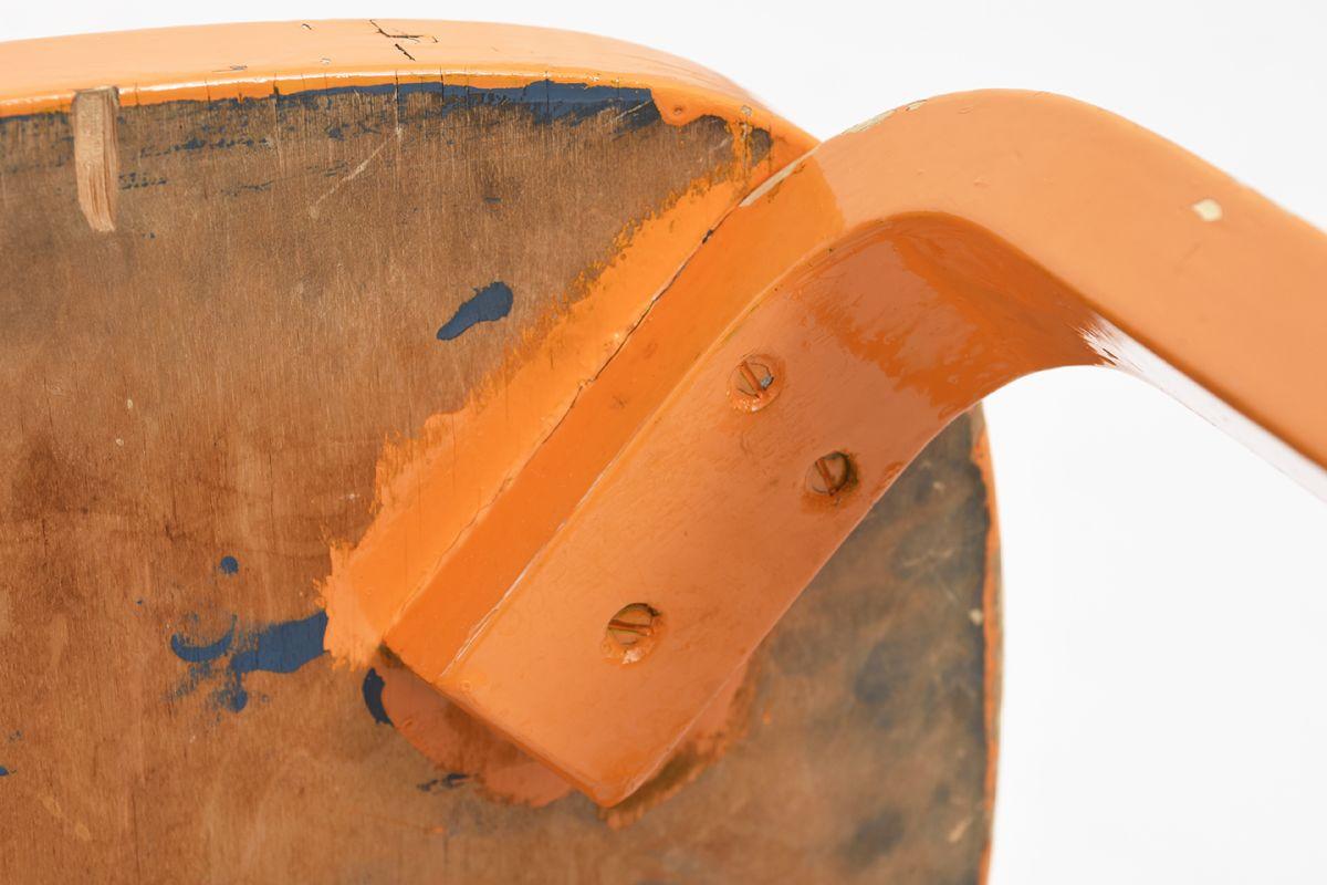 Aalto-Alvar-Chair69-Painted-Blight-Orange_detail16