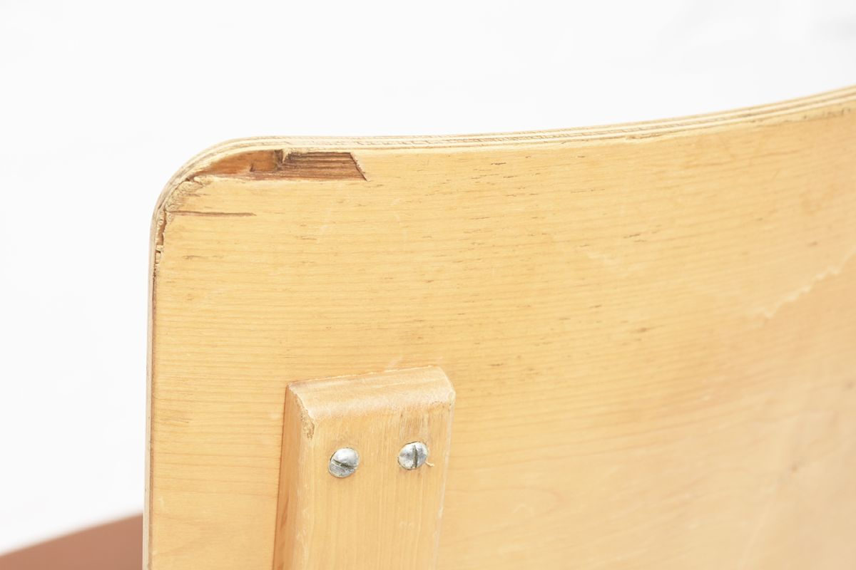 Aalto-Alvar-Chair63-Plywood-Brown-Leather_detail4