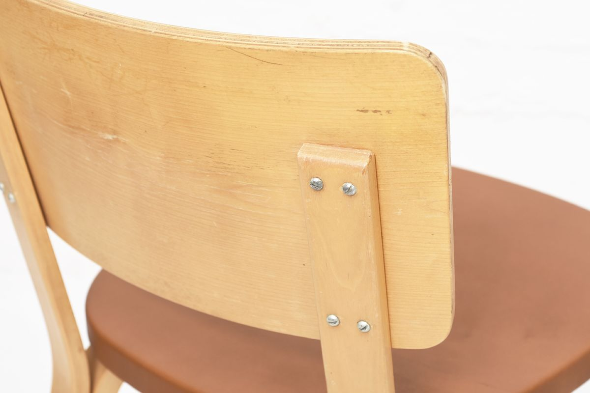 Aalto-Alvar-Chair63-Plywood-Brown-Leather_detail6