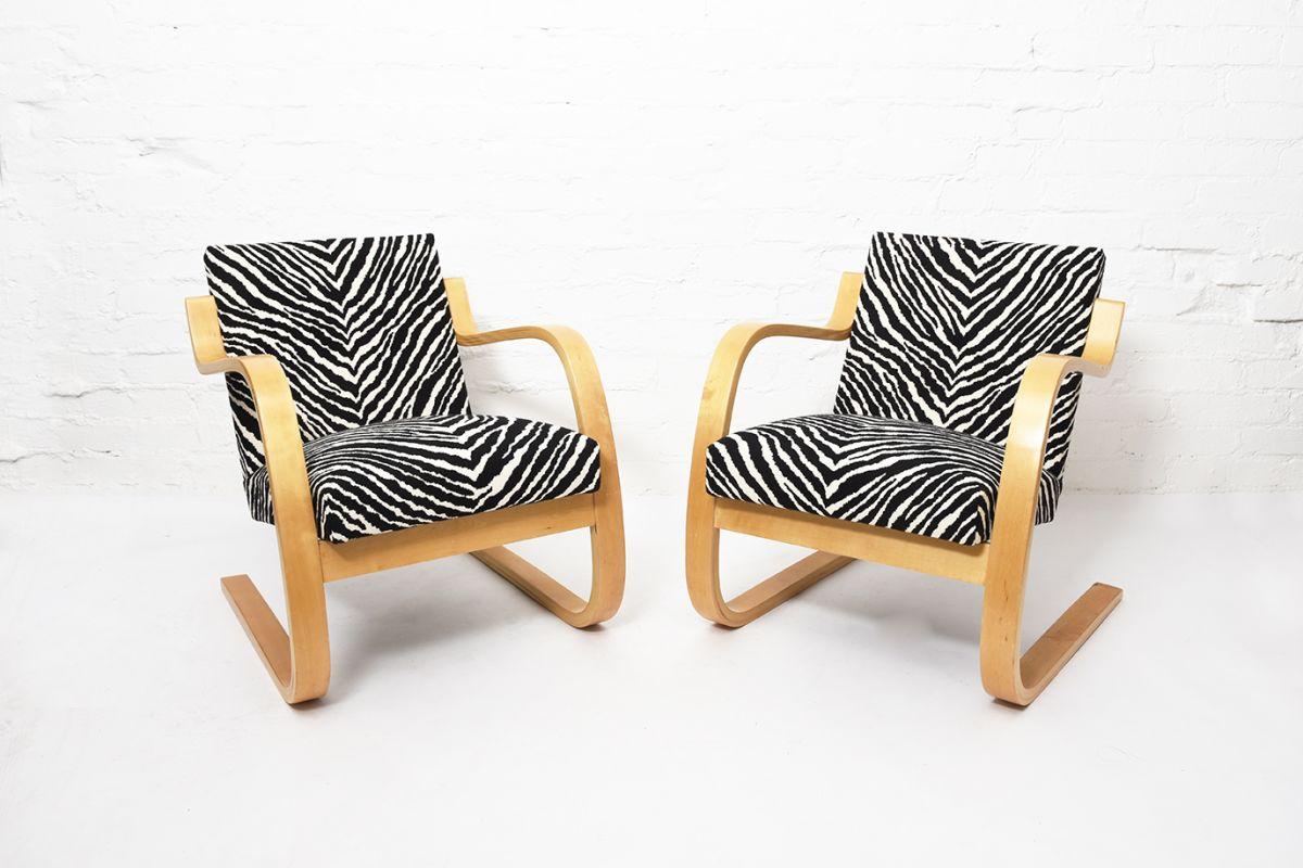 Aalto-Alvar-Armchair402-Birch-Zebra_set