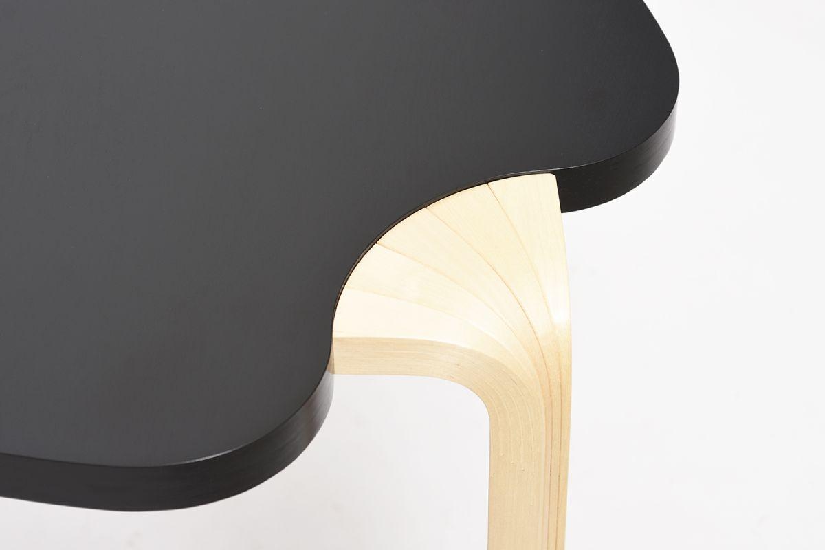 Aalto-Alvar-Maison-Carree-Side-Table_detail1