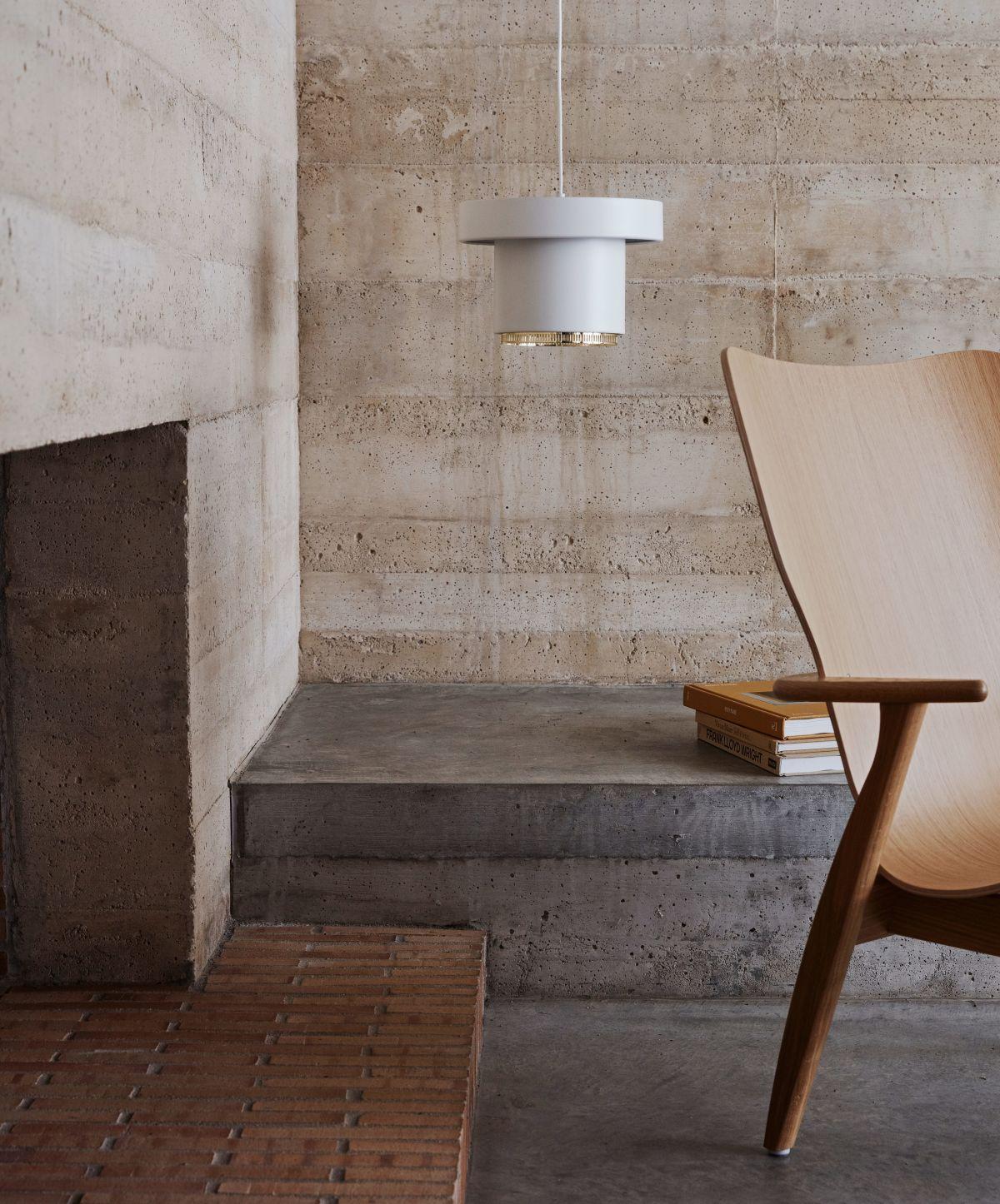 Pendant_light_A201_Domus_Lounge_Chair_photo_Mikko_Ryhanen-3192767