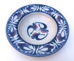 <em>Laurence McGowan:10 inch Rimmed Dish</em>, 2014
