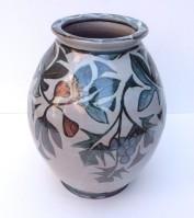 <em>Andrew Hazelden: Vase with vine and fig</em>