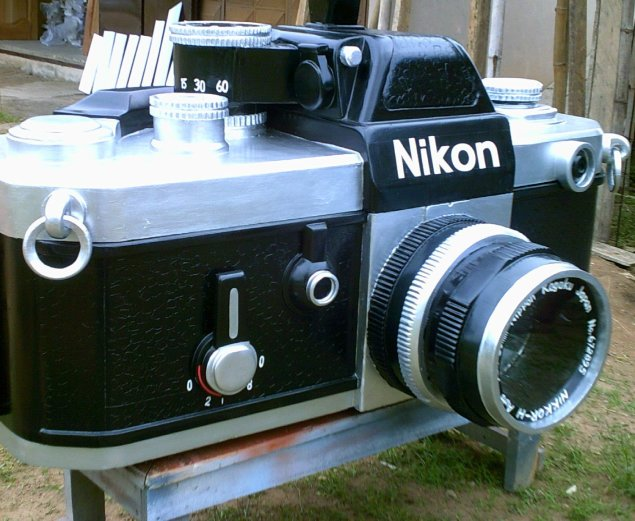 <em>Untitled (Nikon F2)</em>, 2011