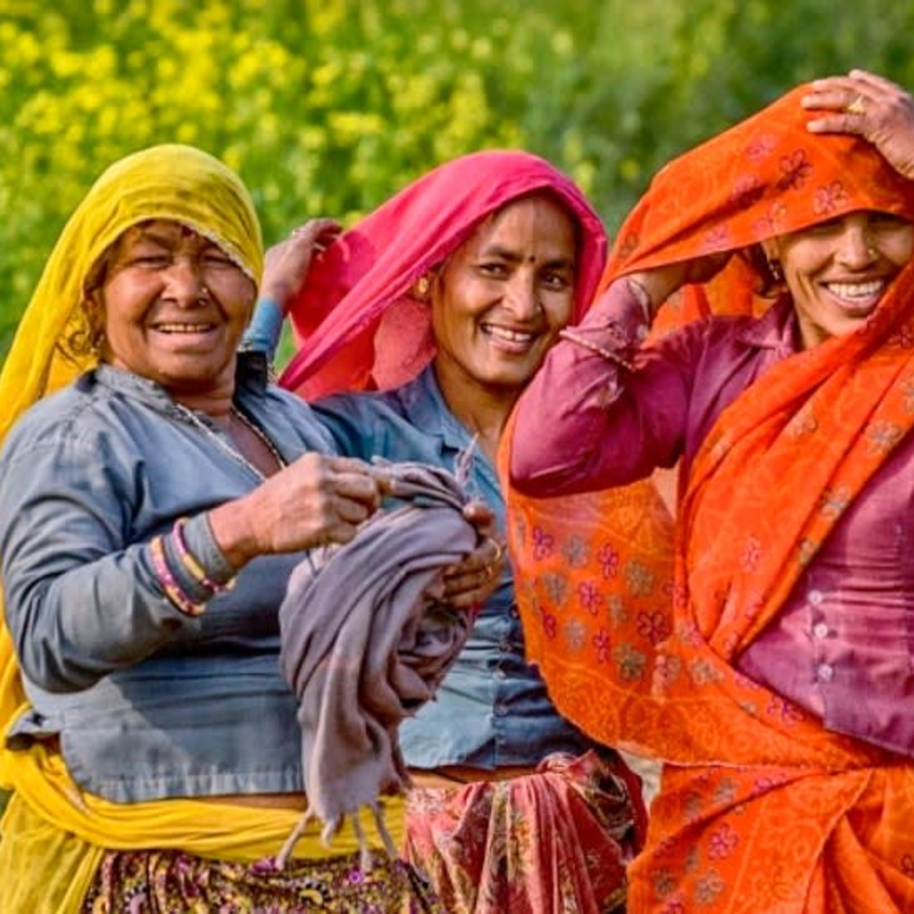 products/jay-mcdonald-three-women-in-india.jpg
