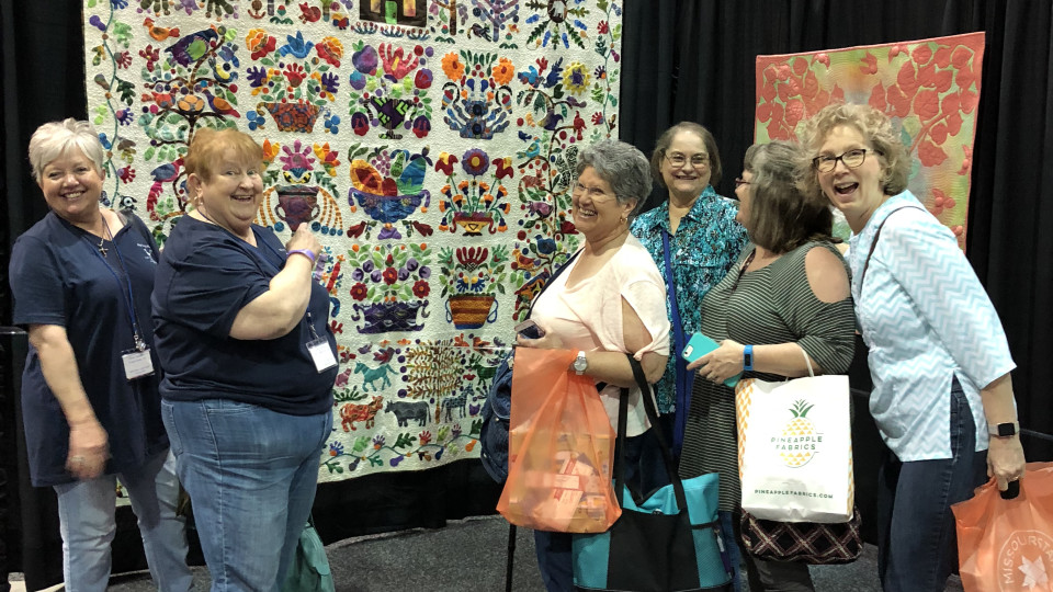 Choose to Bloom Exhibited at Chicago Quilt Festival