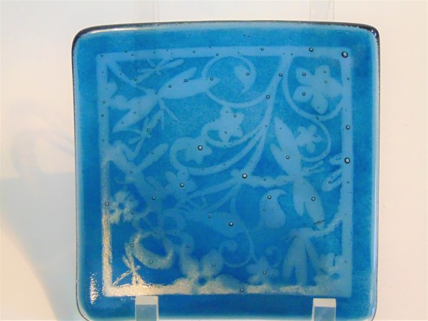 Small Sushi-Dragonfly botanical pattern on Steel Blue Irid