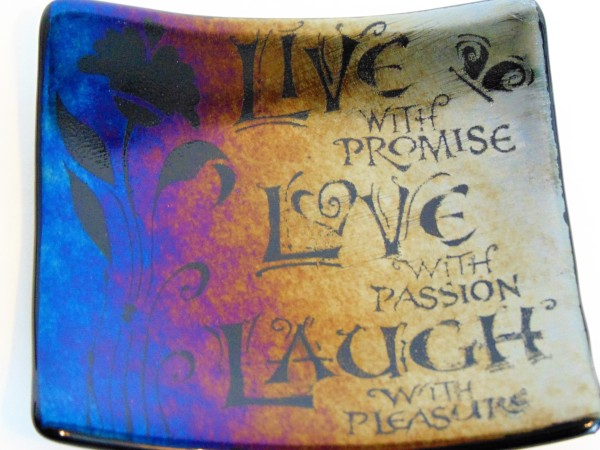 Live with Promise Plate-Rainbow Irid