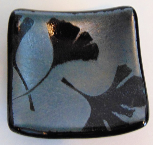 Small dish-Ginkgo Leaves on Silver Irid