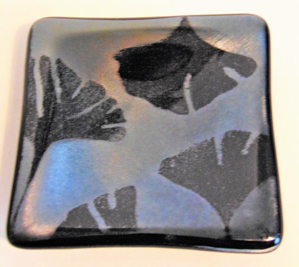 Small Dish-Ginkgos on Silver Irid