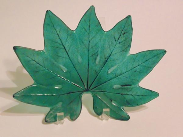 Aralia Leaf Plate