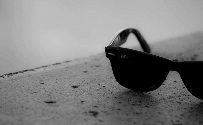 Blog Post With Custom Header
