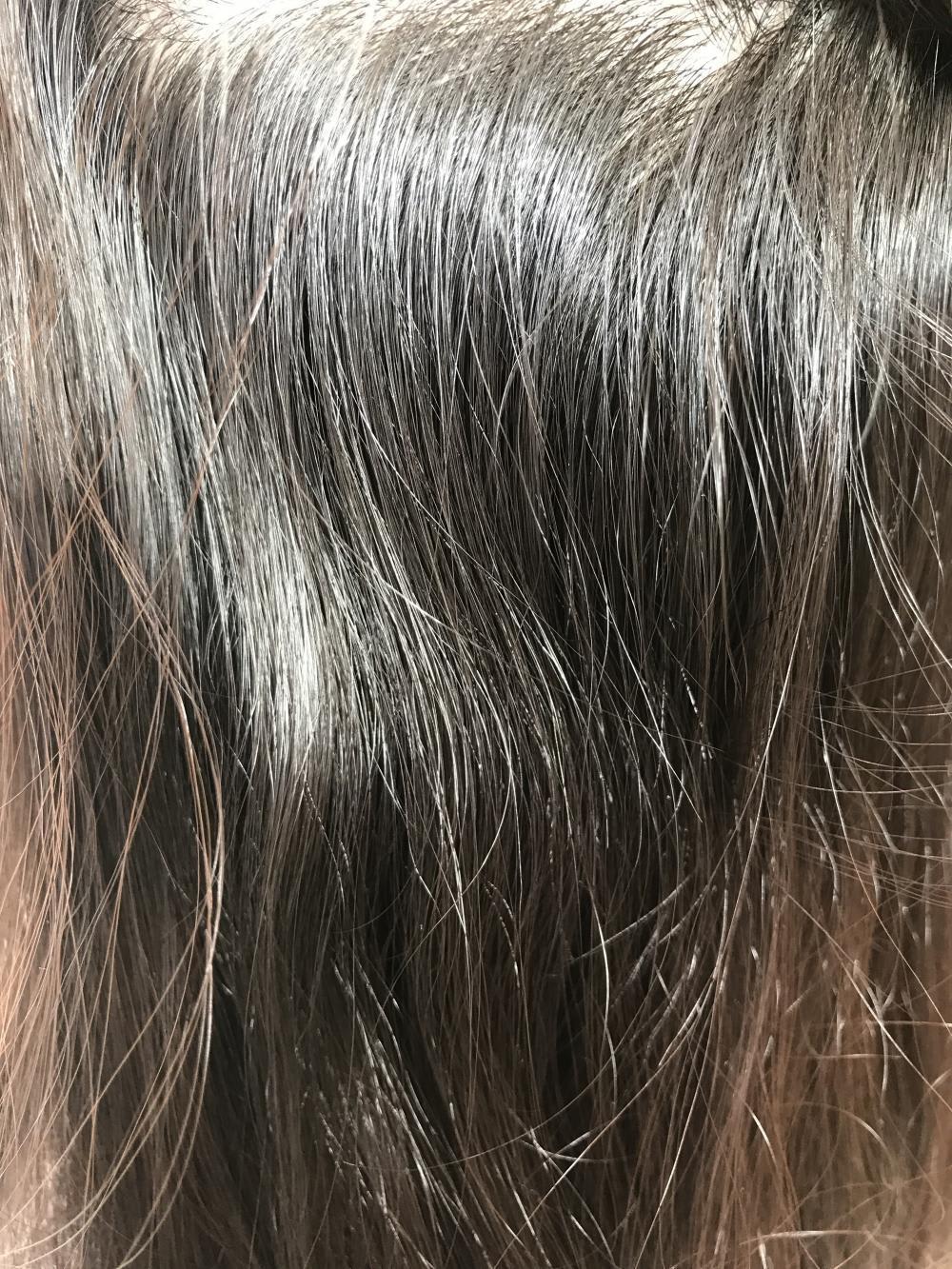 広がる髪の問題点1 カールの重なりで広がる