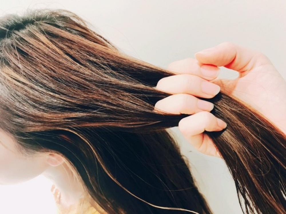 ブリーチで髪が痛む原因