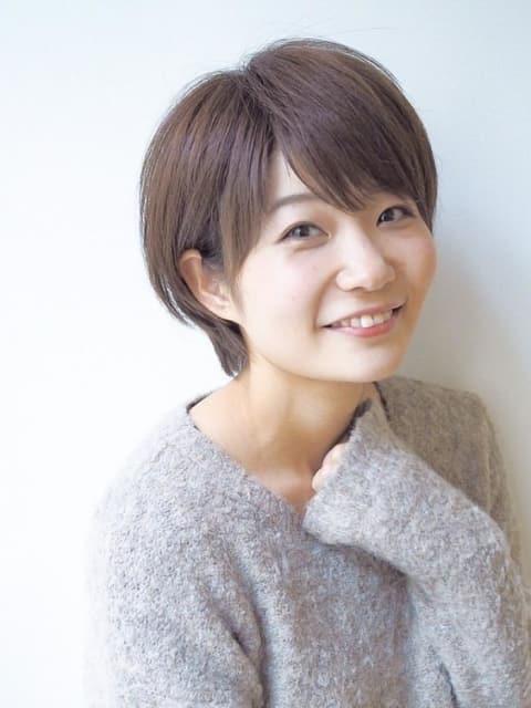 小顔ヘアの王道ショートスタイル!人気NO.1