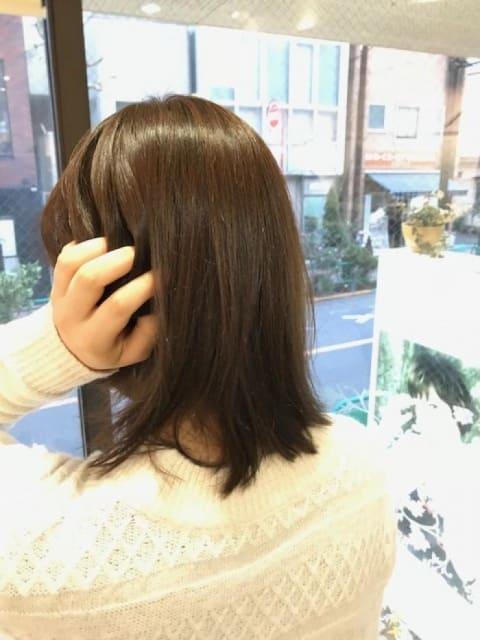 冬の乾燥した髪を優しく包むイルミナカラー
