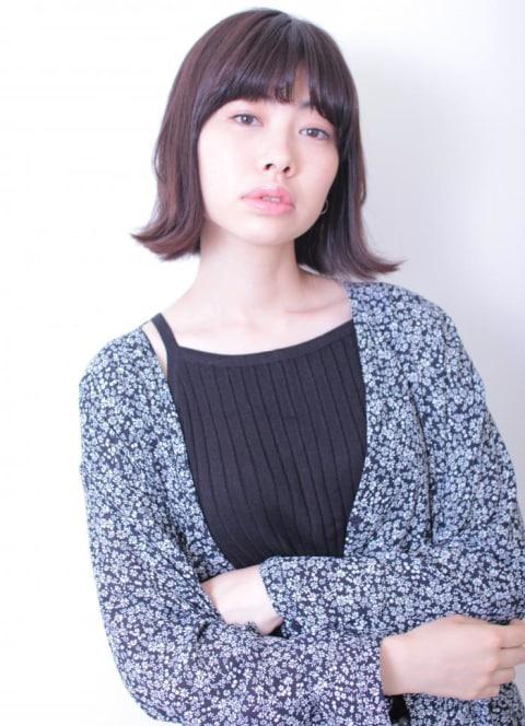 黒髪×外ハネボブ