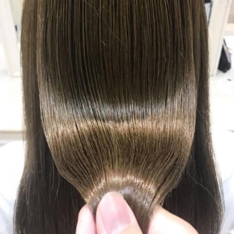 髪質改善、ハイトーンでも縮毛矯正!!