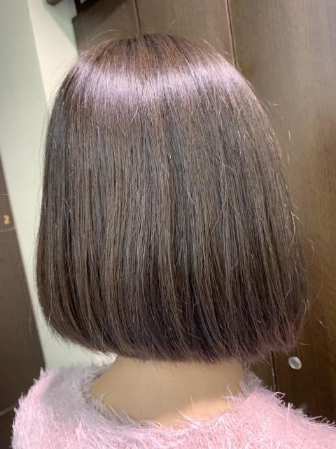 ボリューム、広がりパサつきをしっかり抑える縮毛矯正