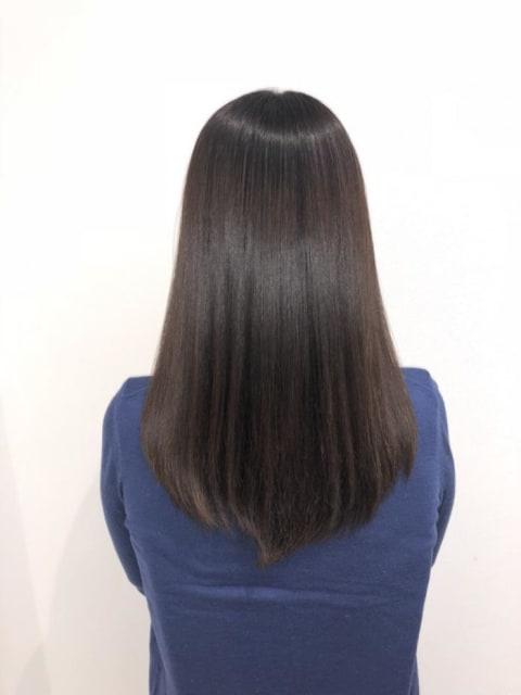 大人の女性向け上品な縮毛矯正