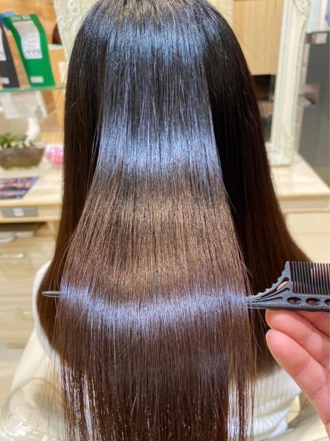 誰もが憧れる極上艶々ヘアーに♪髪質改善縮毛矯正