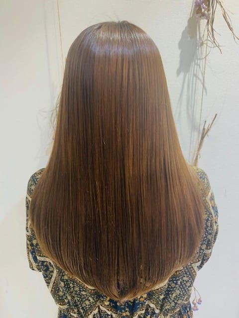 プレミアム縮毛矯正でサラサラロングヘア