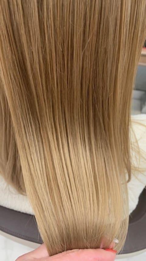 ブリーチ毛にもかけられるプレミアム縮毛矯正ブリーチ毛にR5