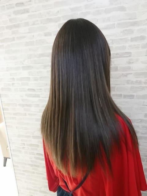 ママさんにもオススメ‼プレミアム縮毛矯正&イルミナカラーのいたわり美髪♢♢♢
