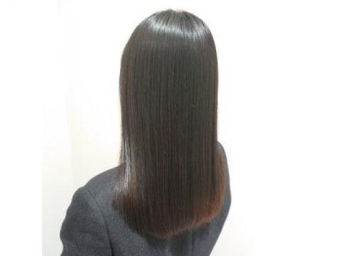 艶髪になれる!「髪質改善縮毛矯正」