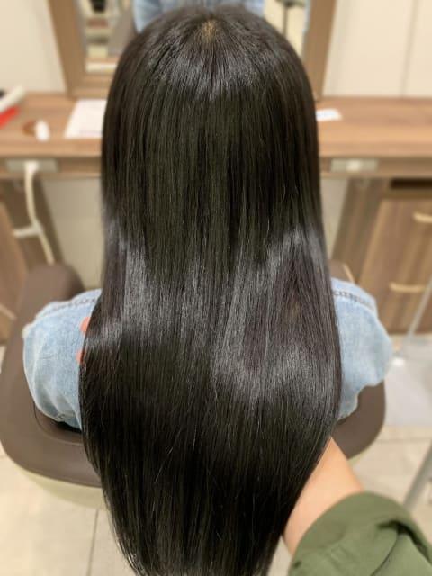 カラーでもこんなに艶々な髪に!