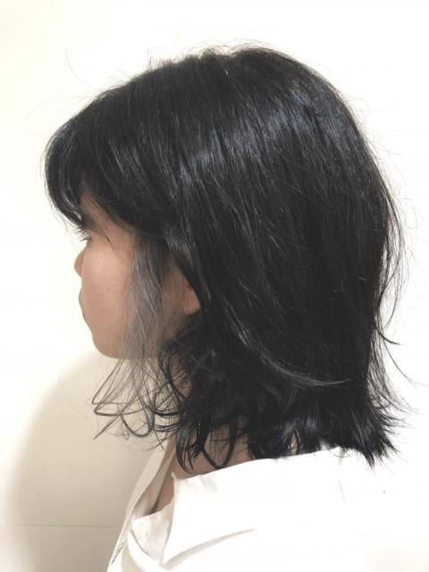 バイトや学校が髪色厳しい方でも、もみあげをインナーカラーで個性的アクセントイルミナカラー!