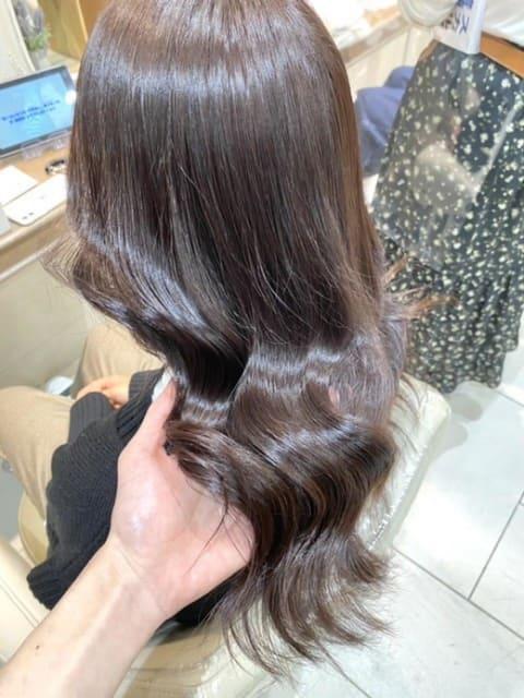 艶々の美髪カラー アーモンドラテ