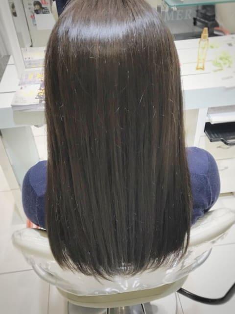 湿気に負けない髪質改善ストレート