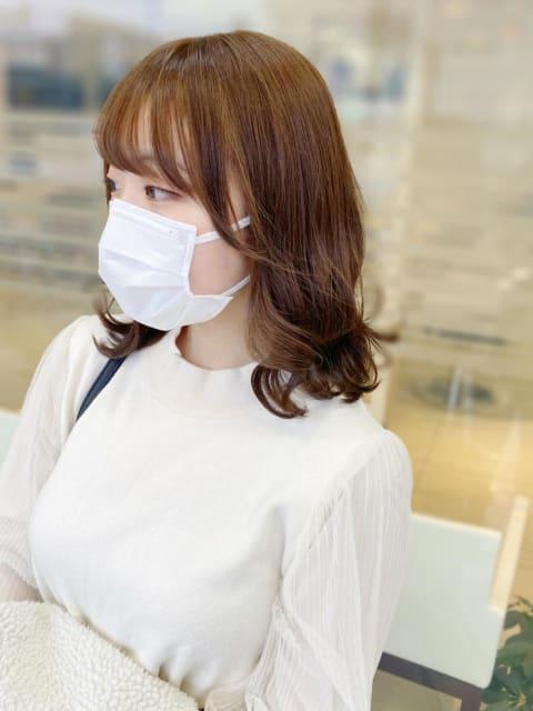 ミルクティー×韓国風巻き髪