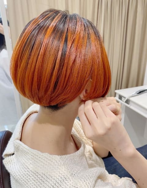 デザインカラーショート オレンジボブ
