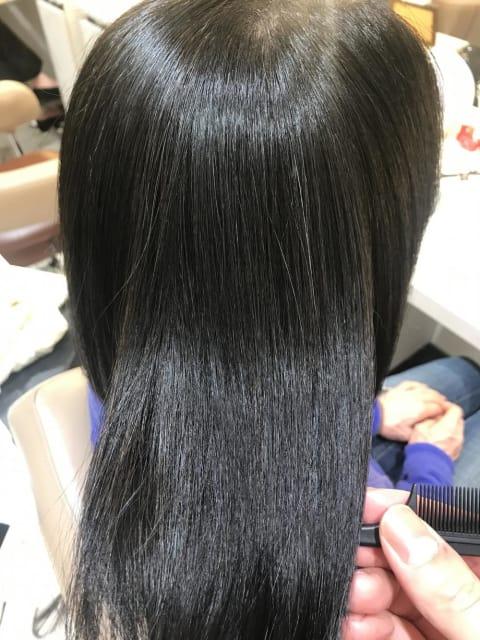 ミディアムヘアの縮毛矯正