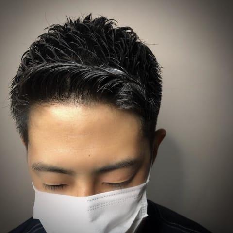 黒髪×短髪