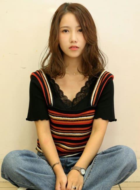 外国人風キュート巻き髪スタイル