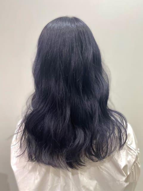 紫をの暗めカラー【ブラックバイオレット】