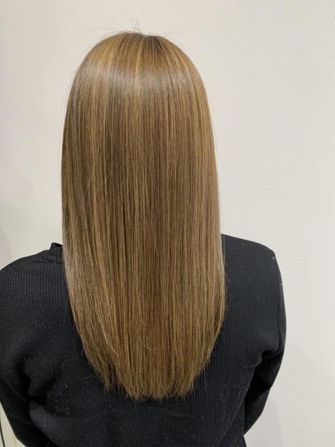 """髪質改善で""""レア髪""""質感に"""