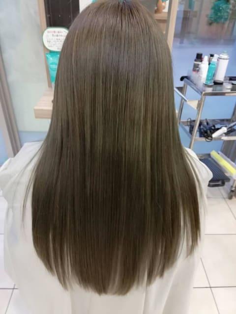 プレミアム縮毛矯正で最高級の艶髪