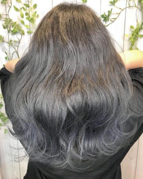 イルミナオーシャンで作るダークブルージュの透け感グラデーションカラー