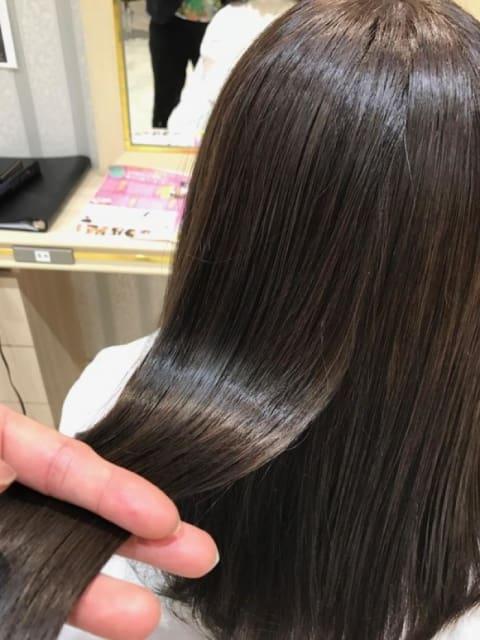 ~上質な髪へと導くプレミアム縮毛矯正~