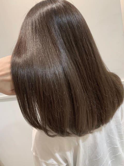 髪の芯から改善!酸熱トリートメント