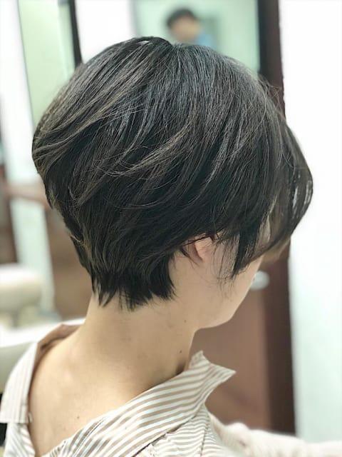 艶のある大人女性ショートヘア