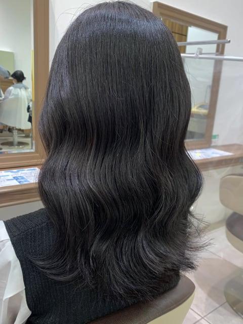 【髪質改善カラー】自然な黒髪/艶髪