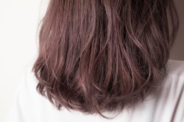 褪色した毛先を活かすハイライト×イルミナカラーでツヤ髪と透明感をゲットせよ!