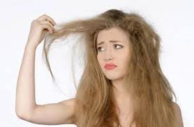 私の髪って縮毛矯正?ストレートパーマ?どっちをやったらいいの!?