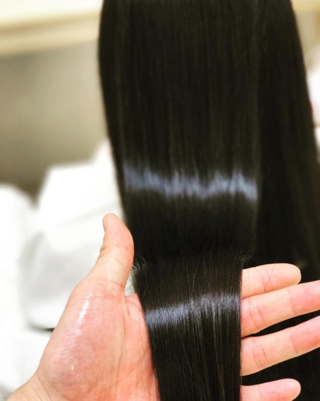 ストレートパーマと縮毛矯正の大きな違いをマスターしてサラツヤヘアをゲット!!